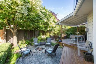 "Photo 31: 2882 MCKENZIE Avenue in Surrey: Crescent Bch Ocean Pk. House for sale in ""Crescent Beach"" (South Surrey White Rock)  : MLS®# R2460460"