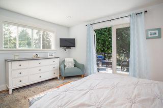 "Photo 16: 2882 MCKENZIE Avenue in Surrey: Crescent Bch Ocean Pk. House for sale in ""Crescent Beach"" (South Surrey White Rock)  : MLS®# R2460460"