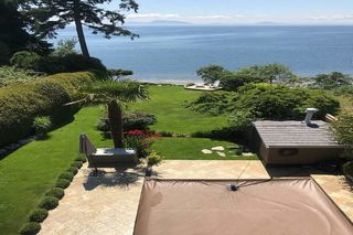 """Photo 13: 1297 132B Street in Surrey: Crescent Bch Ocean Pk. House for sale in """"WATERFRONT WITH BEACH ACCESS"""" (South Surrey White Rock)  : MLS®# R2478250"""