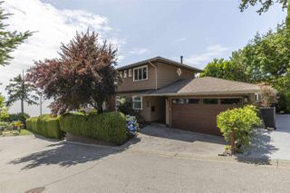 """Photo 26: 1297 132B Street in Surrey: Crescent Bch Ocean Pk. House for sale in """"WATERFRONT WITH BEACH ACCESS"""" (South Surrey White Rock)  : MLS®# R2478250"""