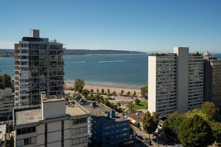 """Main Photo: 2002 1740 COMOX Street in Vancouver: West End VW Condo for sale in """"The Sandpiper"""" (Vancouver West)  : MLS®# R2494466"""