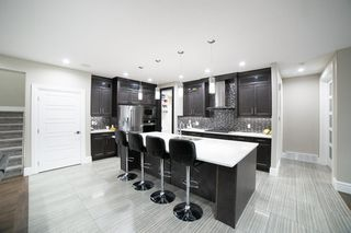 Photo 8: 3287 WHITELAW Drive in Edmonton: Zone 56 House for sale : MLS®# E4217002