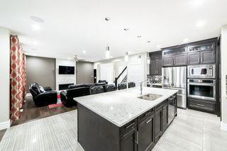 Photo 11: 3287 WHITELAW Drive in Edmonton: Zone 56 House for sale : MLS®# E4217002