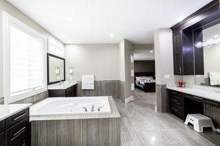 Photo 24: 3287 WHITELAW Drive in Edmonton: Zone 56 House for sale : MLS®# E4217002