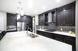 Photo 9: 3287 WHITELAW Drive in Edmonton: Zone 56 House for sale : MLS®# E4217002