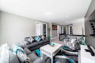 Photo 19: 3287 WHITELAW Drive in Edmonton: Zone 56 House for sale : MLS®# E4217002