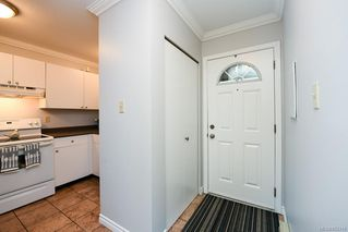 Photo 2: 33 375 21st St in : CV Courtenay City Condo for sale (Comox Valley)  : MLS®# 862319