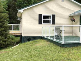 Photo 3: 148 HILLCREST Drive in East Loon Lake Village: 35-Halifax County East Residential for sale (Halifax-Dartmouth)  : MLS®# 202100467