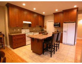 """Photo 2: 3108 QUADRA CT in Coquitlam: New Horizons House for sale in """"NEW HORIZONS"""" : MLS®# V572894"""