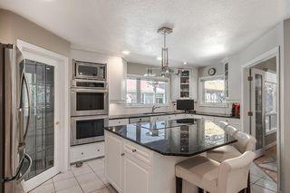 Photo 11: 2304 OSBORNE Crescent SW in Calgary: Richmond Detached for sale : MLS®# C4266606