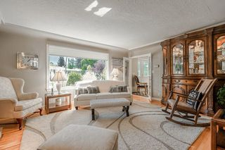 Photo 8: 2304 OSBORNE Crescent SW in Calgary: Richmond Detached for sale : MLS®# C4266606