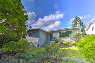 Main Photo: 2759 E 57TH Avenue in Vancouver: Fraserview VE House for sale (Vancouver East)  : MLS®# R2457592