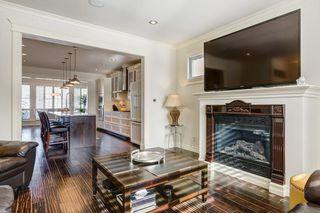 Photo 5: 58 31 Avenue SW in Calgary: Erlton Semi Detached for sale : MLS®# C4301692