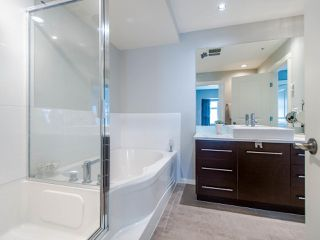 """Photo 36: 3808 WELWYN Street in Vancouver: Victoria VE Townhouse for sale in """"Stories"""" (Vancouver East)  : MLS®# R2467996"""