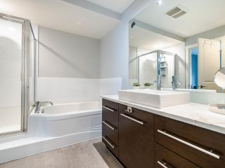 """Photo 35: 3808 WELWYN Street in Vancouver: Victoria VE Townhouse for sale in """"Stories"""" (Vancouver East)  : MLS®# R2467996"""