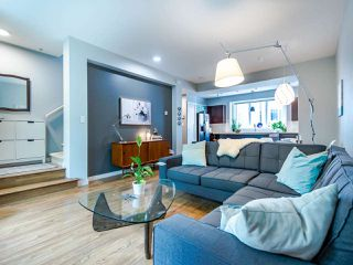 """Photo 12: 3808 WELWYN Street in Vancouver: Victoria VE Townhouse for sale in """"Stories"""" (Vancouver East)  : MLS®# R2467996"""