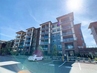 "Photo 3: 308 20673 78 Avenue in Langley: Willoughby Heights Condo for sale in ""GRAYSON"" : MLS®# R2498203"