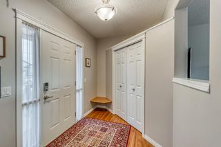 Photo 3: 176 Creek Gardens Close NW: Airdrie Detached for sale : MLS®# A1048124