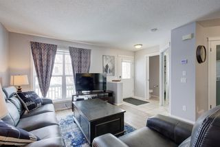 Photo 5: 73 Prestwick Rise SE in Calgary: McKenzie Towne Detached for sale : MLS®# A1048662