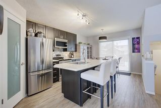 Photo 9: 73 Prestwick Rise SE in Calgary: McKenzie Towne Detached for sale : MLS®# A1048662