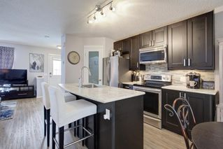 Photo 8: 73 Prestwick Rise SE in Calgary: McKenzie Towne Detached for sale : MLS®# A1048662