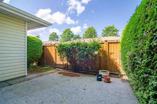 Photo 19: 37 10038 155 Street in Surrey: Guildford Townhouse for sale (North Surrey)  : MLS®# R2393886