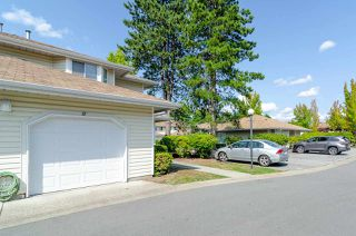 Photo 17: 37 10038 155 Street in Surrey: Guildford Townhouse for sale (North Surrey)  : MLS®# R2393886