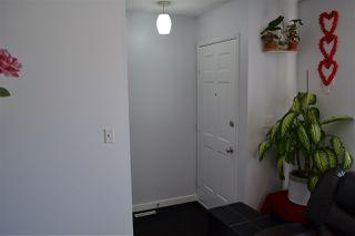 Photo 3: 12036 143 Avenue in Edmonton: Zone 27 House for sale : MLS®# E4168329