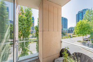 "Photo 12: 206 1633 ONTARIO Street in Vancouver: False Creek Condo for sale in ""Kayak Village"" (Vancouver West)  : MLS®# R2394312"