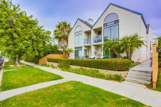 Main Photo: PACIFIC BEACH Townhome for sale : 3 bedrooms : 1024 Wilbur Ave #2 in San Diego
