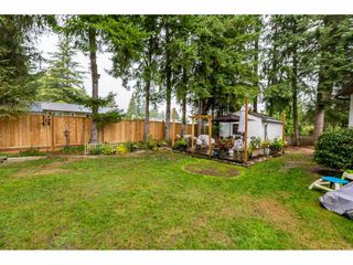 Photo 2: 20263 46A Avenue in Langley: Langley City House for sale : MLS®# R2403097