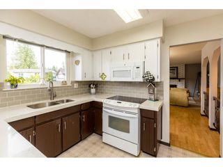 Photo 10: 20263 46A Avenue in Langley: Langley City House for sale : MLS®# R2403097