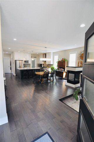 Photo 2: 10822 72 Avenue in Edmonton: Zone 15 House for sale : MLS®# E4191236