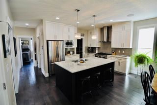 Photo 3: 10822 72 Avenue in Edmonton: Zone 15 House for sale : MLS®# E4191236