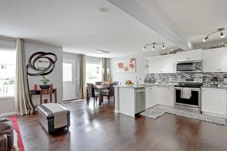 Photo 3: 205 BRIDLEWOOD Common SW in Calgary: Bridlewood Detached for sale : MLS®# C4300004