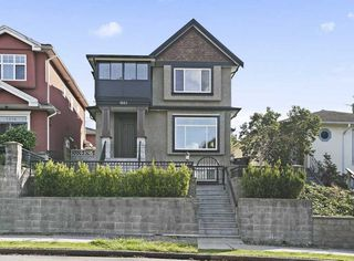"Main Photo: 1562 E 33RD Avenue in Vancouver: Knight House for sale in ""KNIGHT"" (Vancouver East)  : MLS®# R2500271"