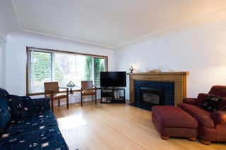 Photo 5: 2789 PARKER Street in Vancouver: Renfrew VE House for sale (Vancouver East)  : MLS®# R2502903