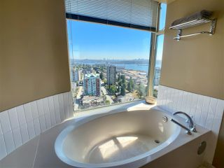 """Photo 13: 2701 120 W 2 Street in North Vancouver: Lower Lonsdale Condo for sale in """"Observatory"""" : MLS®# R2513687"""