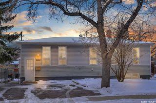 Photo 2: 916 Forget Street in Regina: Rosemont Residential for sale : MLS®# SK834361
