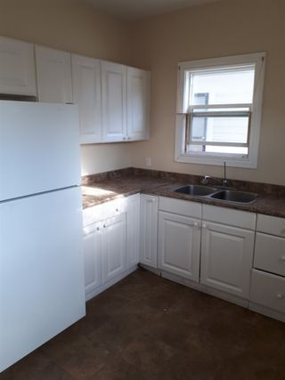 Photo 7: 11548 96 Street in Edmonton: Zone 05 House for sale : MLS®# E4223192