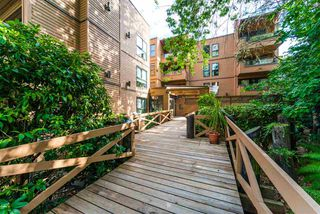 """Photo 15: 104 1435 NELSON Street in Vancouver: West End VW Condo for sale in """"The Westport"""" (Vancouver West)  : MLS®# R2412378"""