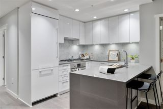 """Photo 3: 311 118 CARRIE CATES Court in North Vancouver: Lower Lonsdale Condo for sale in """"PROMENADE AT THE QUAY"""" : MLS®# R2425435"""