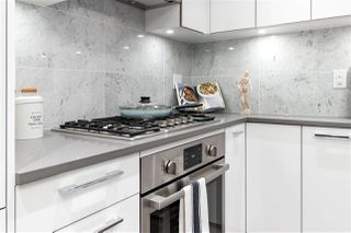 """Photo 5: 311 118 CARRIE CATES Court in North Vancouver: Lower Lonsdale Condo for sale in """"PROMENADE AT THE QUAY"""" : MLS®# R2425435"""