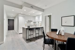 """Photo 6: 311 118 CARRIE CATES Court in North Vancouver: Lower Lonsdale Condo for sale in """"PROMENADE AT THE QUAY"""" : MLS®# R2425435"""