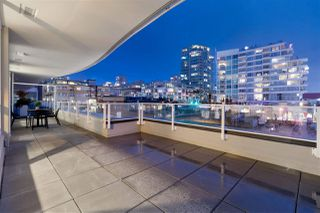 """Photo 12: 311 118 CARRIE CATES Court in North Vancouver: Lower Lonsdale Condo for sale in """"PROMENADE AT THE QUAY"""" : MLS®# R2425435"""