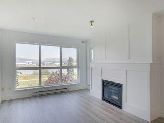 Photo 9: 317 5500 LYNAS LANE in Richmond: Riverdale RI Condo for sale : MLS®# R2175670