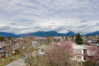 "Photo 6: 2504 NAPIER Street in Vancouver: Renfrew VE House for sale in ""RENFREW"" (Vancouver East)  : MLS®# R2449289"