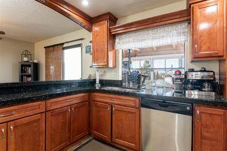 Photo 8: RANCHO PENASQUITOS House for sale : 4 bedrooms : 13288 Entreken in San Diego