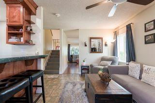 Photo 5: RANCHO PENASQUITOS House for sale : 4 bedrooms : 13288 Entreken in San Diego