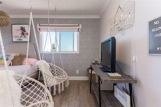 Photo 18: RANCHO PENASQUITOS House for sale : 4 bedrooms : 13288 Entreken in San Diego